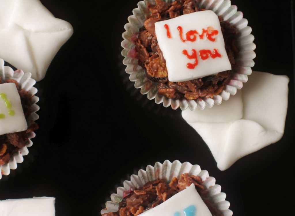 love note cakes