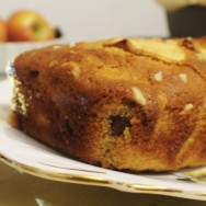 Apple and Cinnamon Cake for #SundaySupper