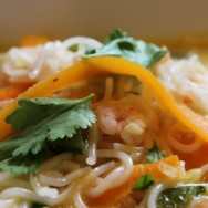 Thai Prawn and Noodle Soup for #WeekdaySupper